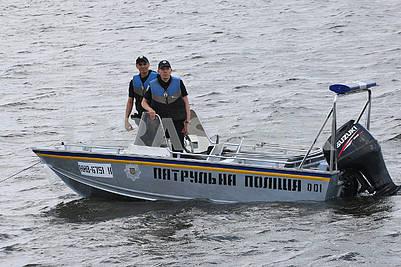 Boat patrol police