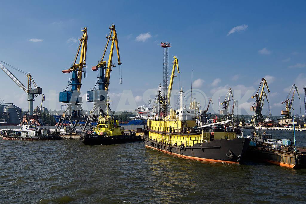 Mariupol seaport — Image 56327