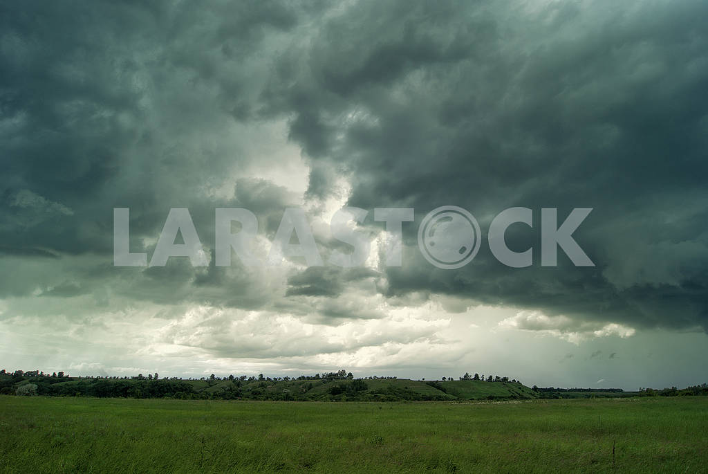 Clouds and rain over fields and forests — Image 57088