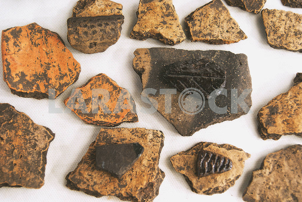 Archaeological finds from excavations in the Saratov region. Fragments of antique ceramics — Image 57123