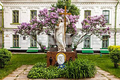 Monument to Konstantin Ypsilanti