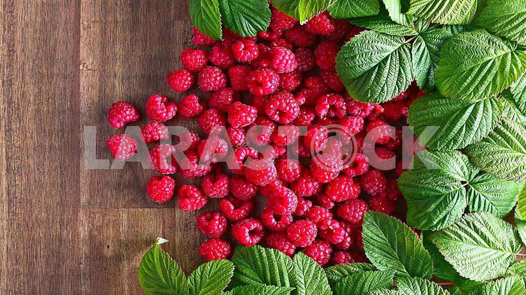 Fresh, delicious ripe berries and fruits are healthy! — Image 58722