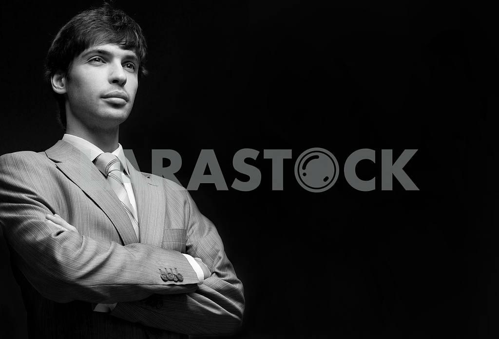Портрет бизнесмена в сером костюме — Изображение 6022