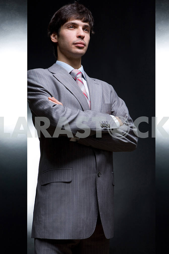Young man in suit — Image 6023