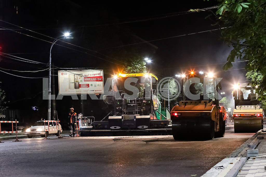 Road robots on Vozduhoflotsky Avenue. — Image 60362