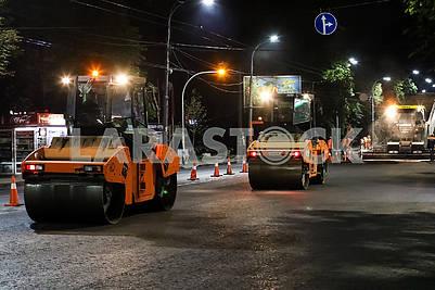 Road robots on Vozduhoflotsky Avenue.