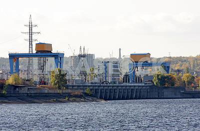 The dam of the Kiev HPP