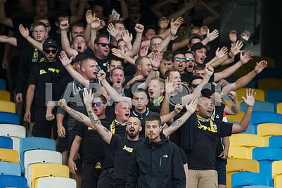 Fans Young Boys
