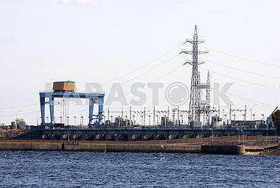 Плотина Киевской ГЭС