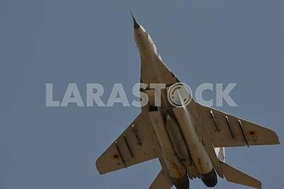 Военный самолет истребитель МиГ-29