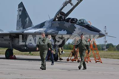 President of Ukraine after the flight on the MiG-29 military fighter