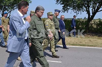 Petr Poroshenko in Vinnitsa on the Day of the Air Force of Ukraine, August 5, 2017