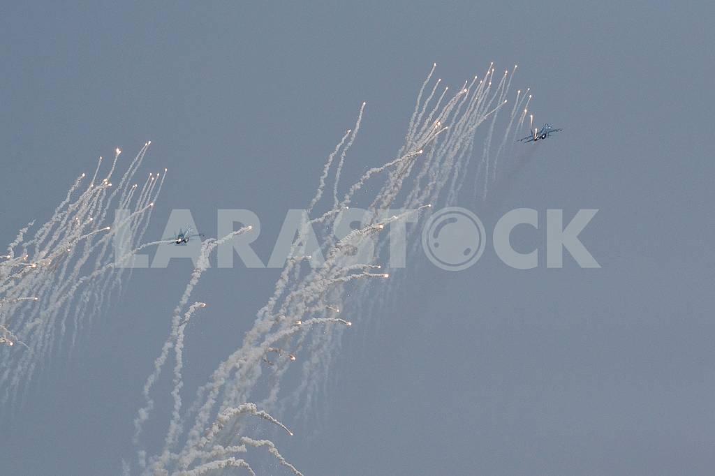 Couple Su-27 — Image 60779
