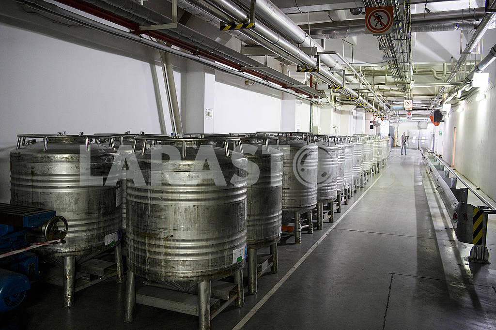 Vats in the shop — Image 61289