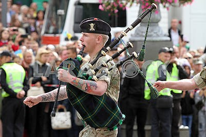 Soldiers of  Great Britain with bagpipes