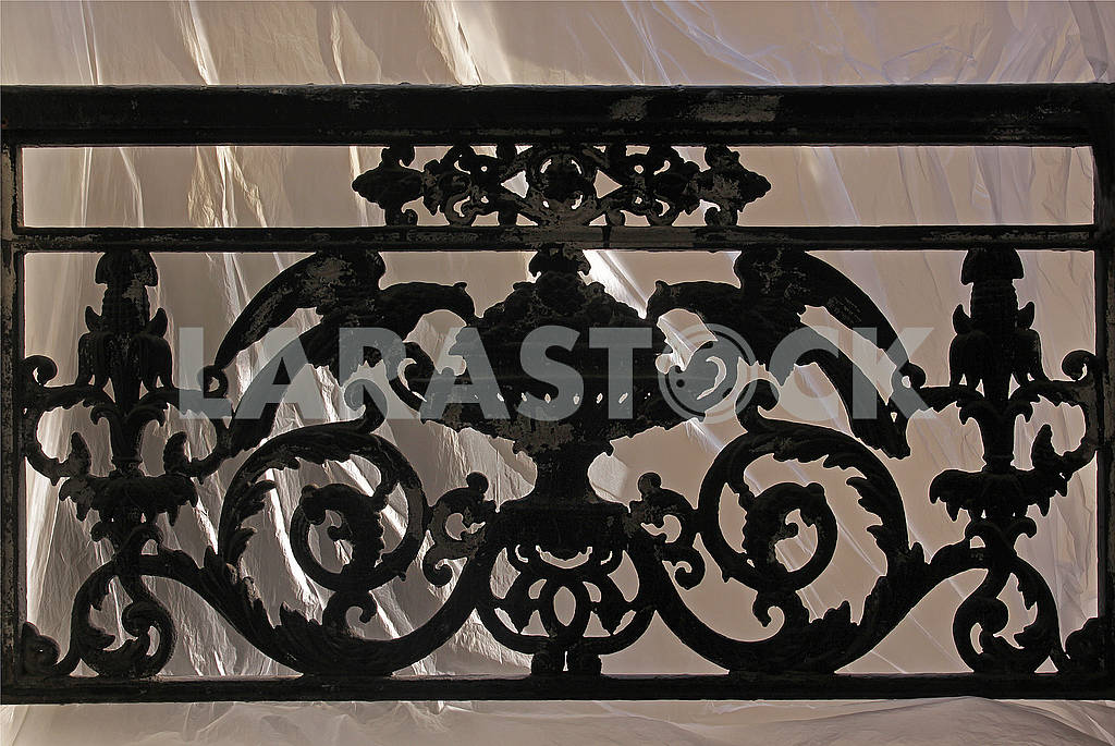 Window with decorative railing from black smithery iron — Image 61875