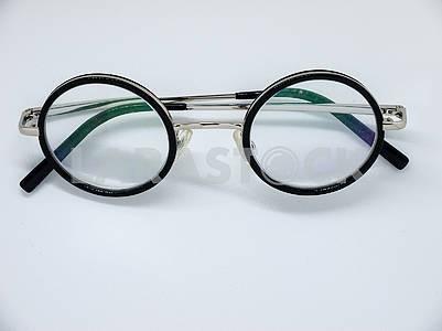 Round Rimmed Glasses
