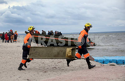Rescuers with a stretcher