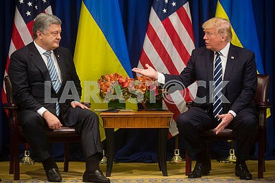 Petro Poroshenko, Donald Trump