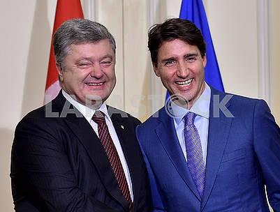 Petro Poroshenko and Justin Trudeau