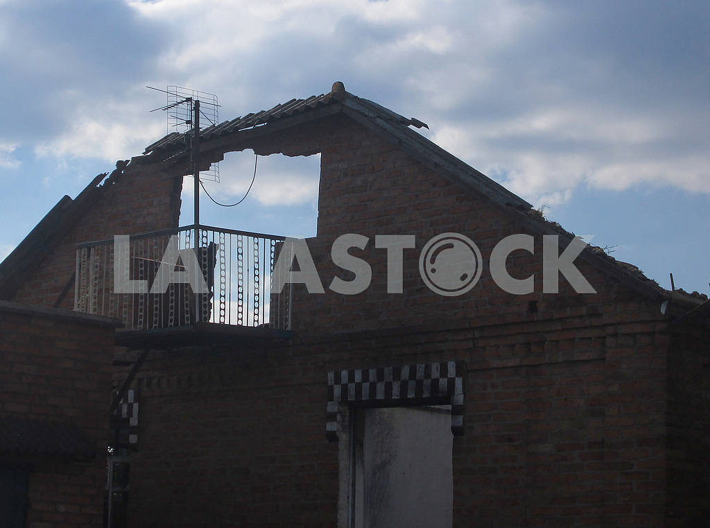 Ruined house in Kalinovka — Image 63002