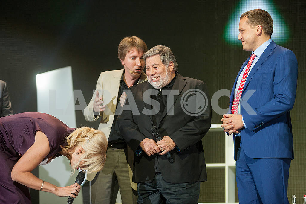 Steve Wozniak at the Olerom Forum 1. — Image 63072