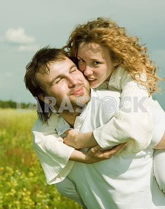 Молодые любви пара