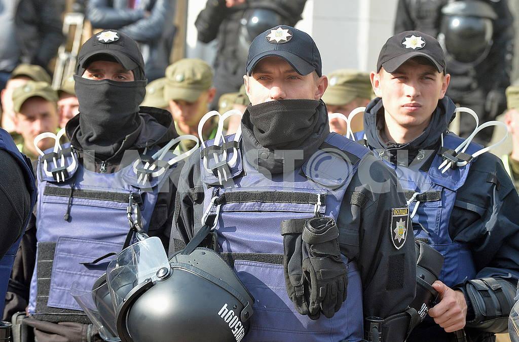 Полицейские под Верховной радой — Изображение 63782