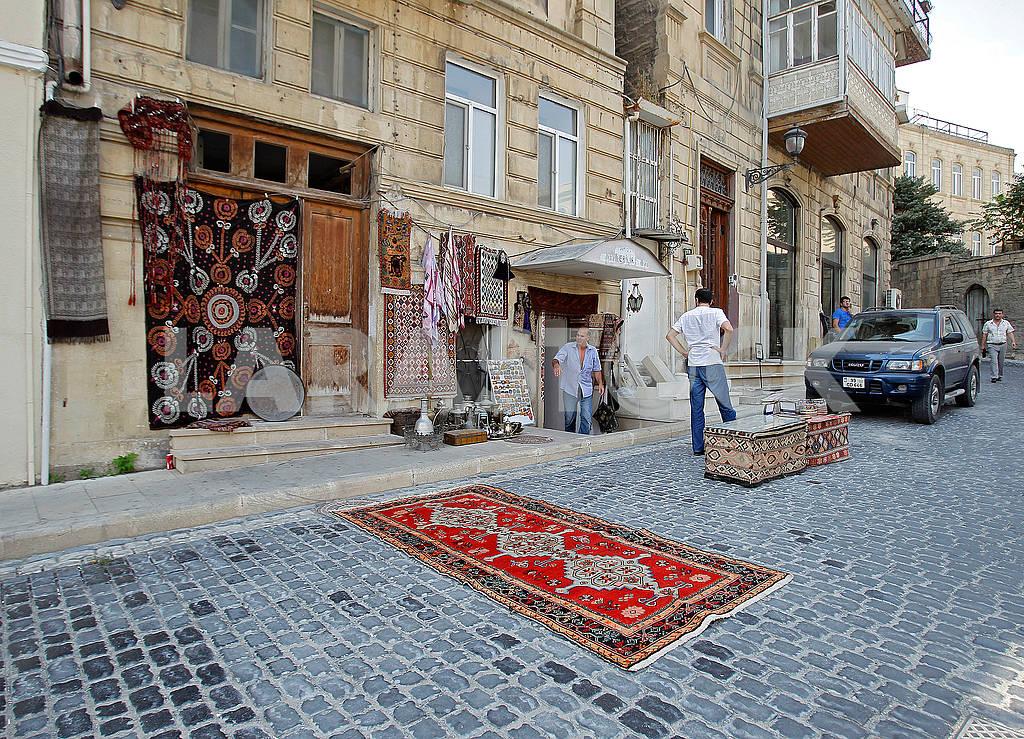 Ковры и сувениры на улице Баку — Изображение 63953