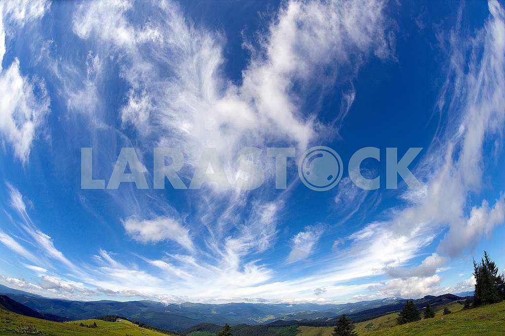 Cirrus clouds in Europe — Image 63976