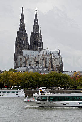 The ship on the Rhine and the Cologne Cathedral
