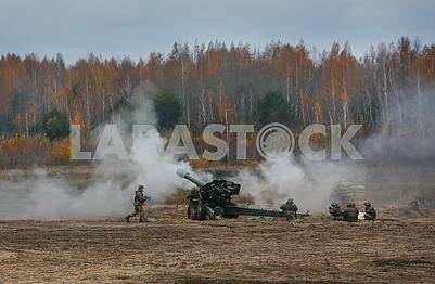 Ученья артиллеристов на полигоне