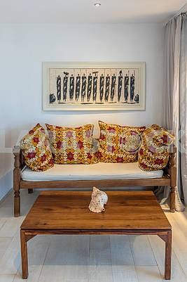 Софа в гостинице на Занзибаре