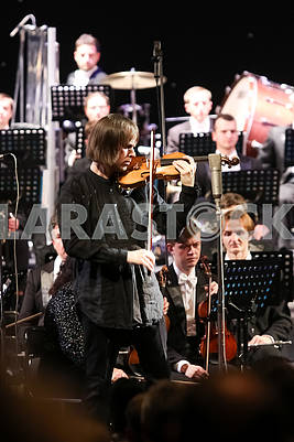 Dmitry Tkachenko, violin