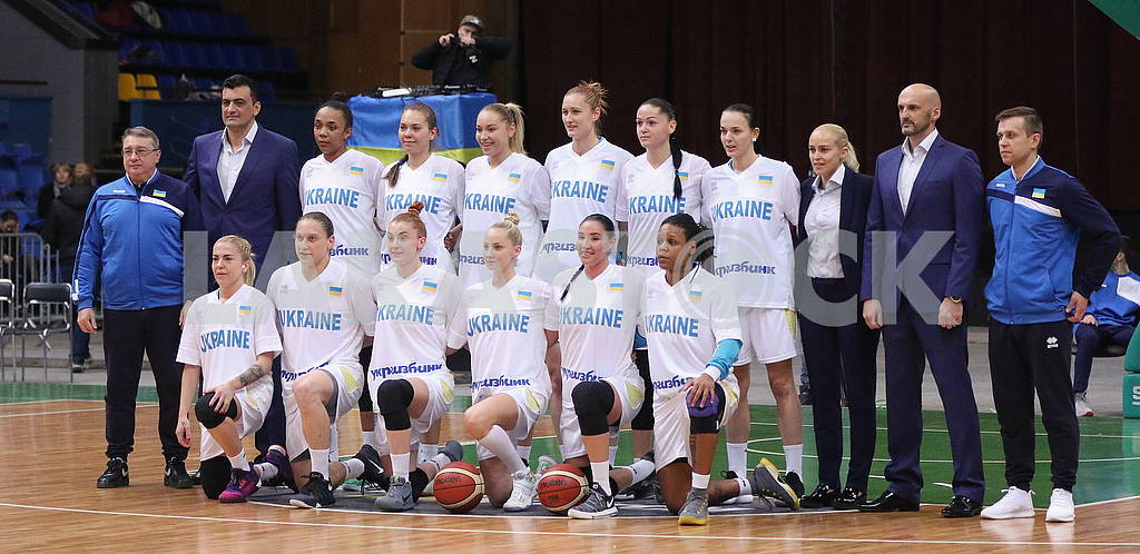National team of Ukraine in basketball (women)