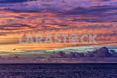 Вечерний пейзаж Индийском океане