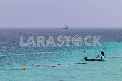 Рыбаки в океане