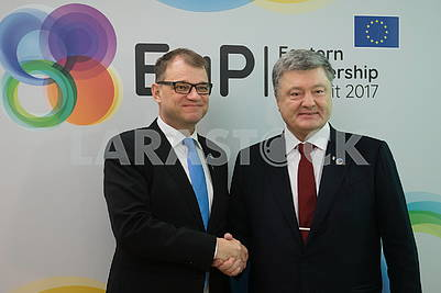 Yuha Sipil, Petro Poroshenko