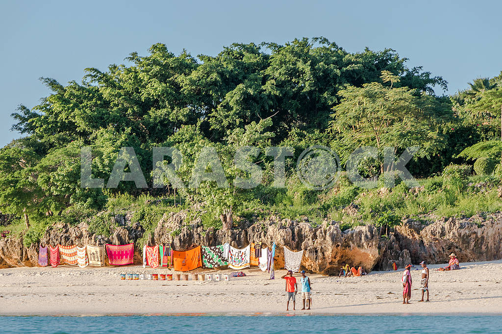 People on the beach — Image 65694