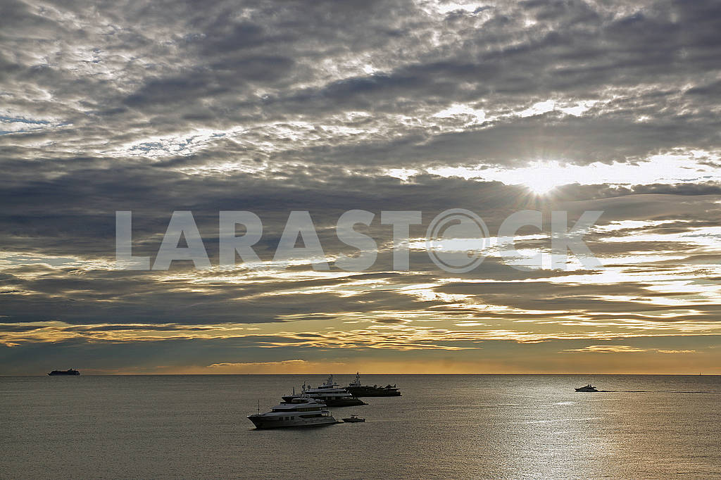 Landscape image with sea, sky and yachts — Image 65958