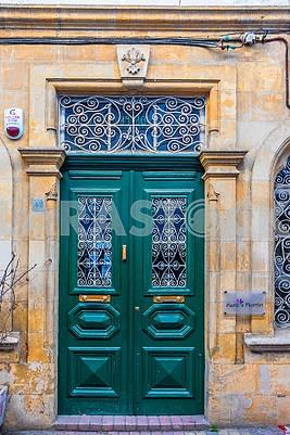 Green doors in Nicosia