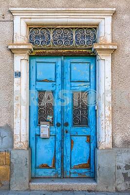 Wooden doors in Nicosia
