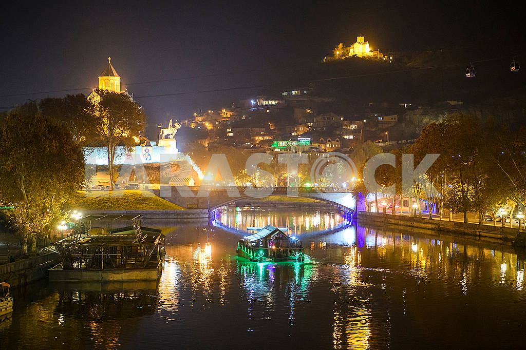 View of the Kura and night Tbilisi — Image 66427