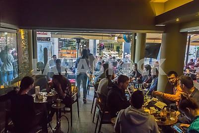 Посетители кафе в Никосии