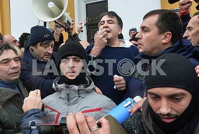 Михеил Саакашвили на Трехсвятительской улице