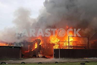 Пожар на Русановских садах