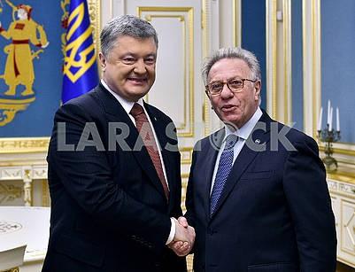 Petro Poroshenko and Gianni Buquicchio