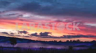 Красочный вечерний пейзаж