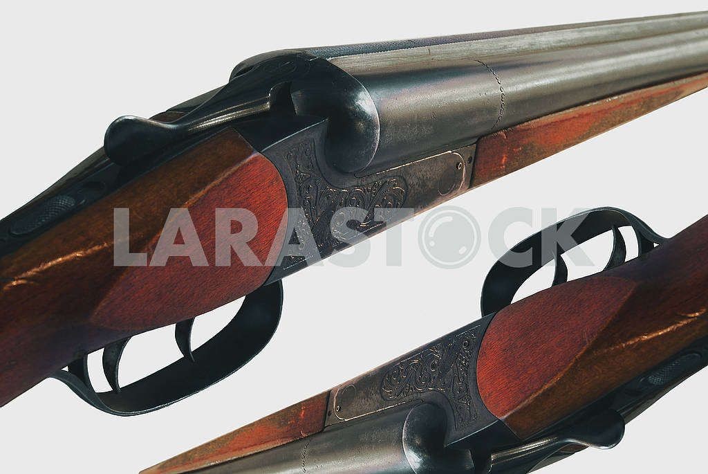 Detailed picture of a double-barreled gun on an isolated background — Image 66930