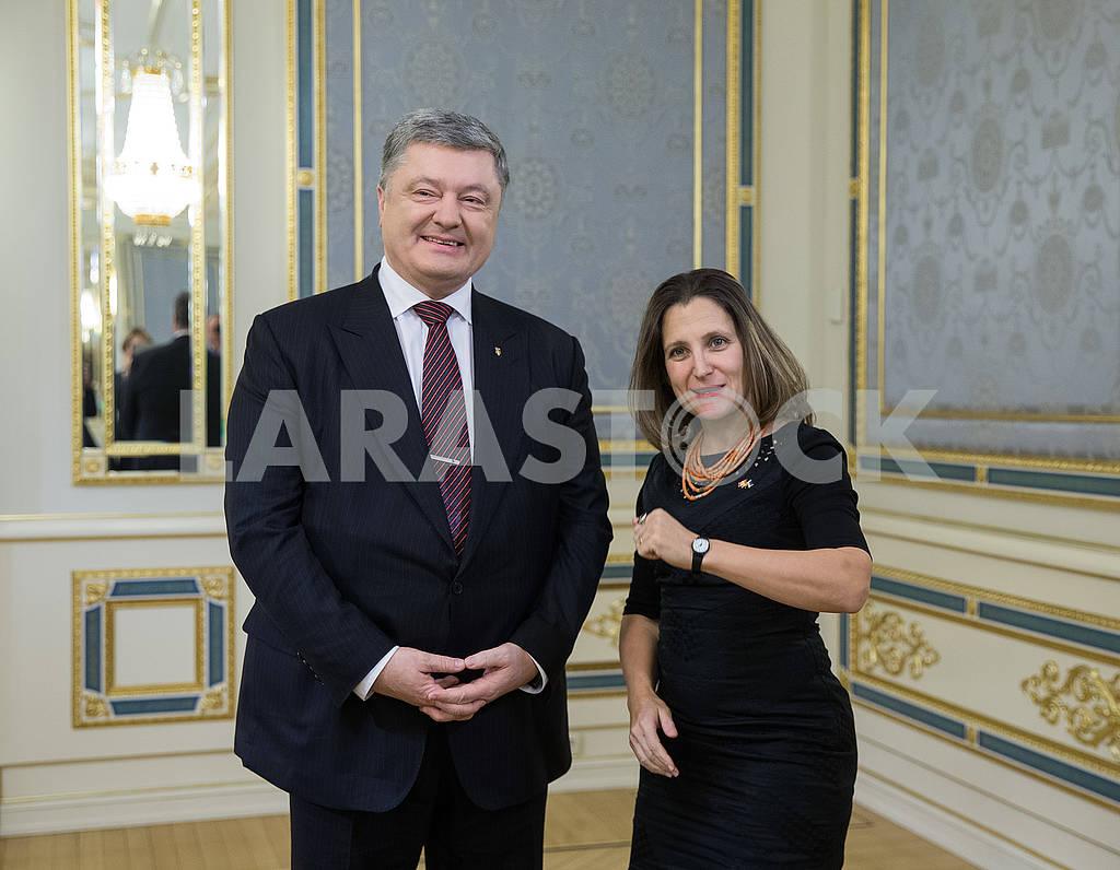 Petr Poroshenko and Christia Freeland — Image 66955
